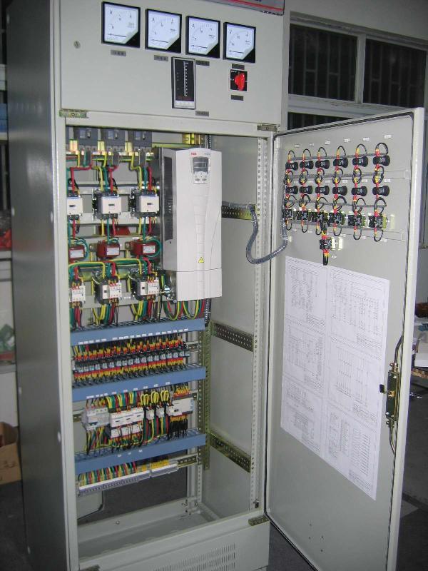 网站首页 水泵知识 水泵百科 如何实现消防喷淋泵全自动     其次